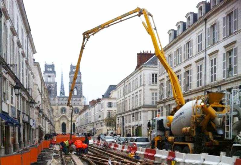 http://www.beaucebeton.fr/uploads/images/produits/pompe-beton.jpg